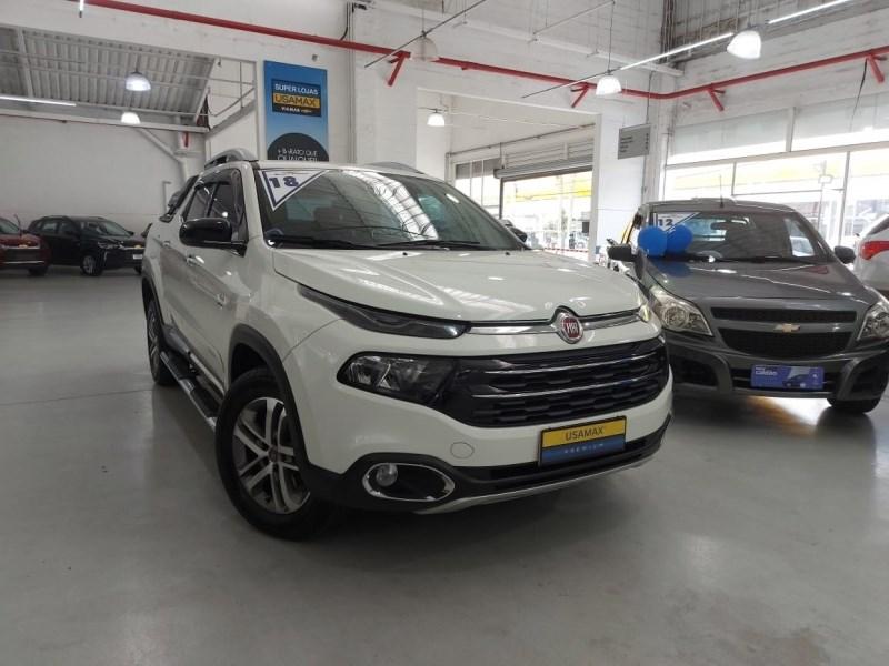 //www.autoline.com.br/carro/fiat/toro-20-volcano-16v-diesel-4p-4x4-turbo-automatico/2018/sao-paulo-sp/14698294