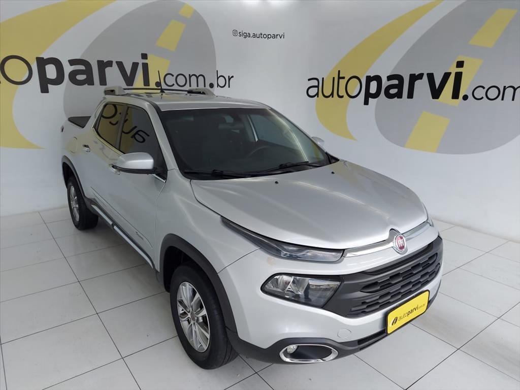 //www.autoline.com.br/carro/fiat/toro-18-freedom-16v-flex-4p-automatico/2017/recife-pe/14844513