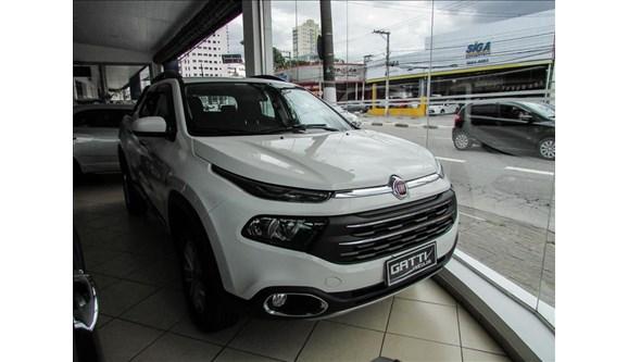 //www.autoline.com.br/carro/fiat/toro-18-freedom-16v-flex-4p-automatico/2019/osasco-sp/6790155