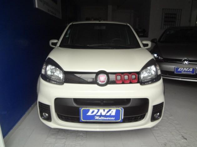 //www.autoline.com.br/carro/fiat/uno-14-evo-sporting-8v-flex-4p-dualogic/2015/sao-bernardo-do-campo-sp/10694680