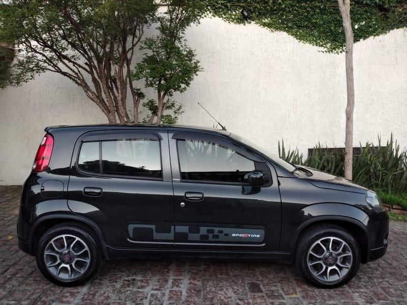//www.autoline.com.br/carro/fiat/uno-14-sporting-8v-flex-4p-manual/2012/porto-alegre-rs/12682900