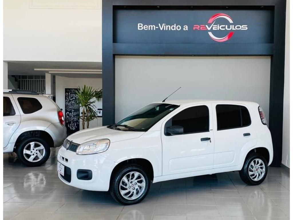//www.autoline.com.br/carro/fiat/uno-10-evo-attractive-8v-flex-4p-manual/2016/itarare-sp/13547882