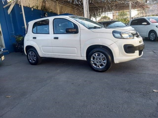 //www.autoline.com.br/carro/fiat/uno-10-drive-6v-flex-4p-manual/2018/sao-jose-dos-campos-sp/13573739