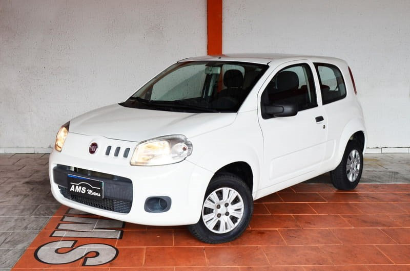 //www.autoline.com.br/carro/fiat/uno-10-evo-vivace-8v-flex-2p-manual/2014/curitiba-pr/14878195