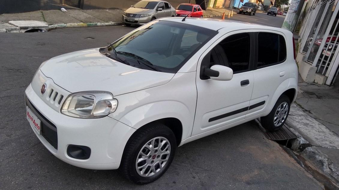 //www.autoline.com.br/carro/fiat/uno-10-evo-vivace-8v-flex-4p-manual/2015/carapicuiba-sp/15688960