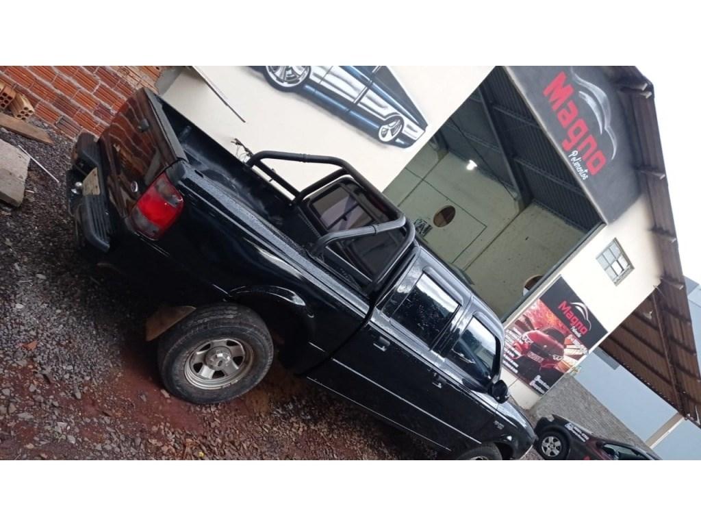 //www.autoline.com.br/carro/ford/courier-16-l-8v-gasolina-2p-manual/2004/toledo-pr/14288002