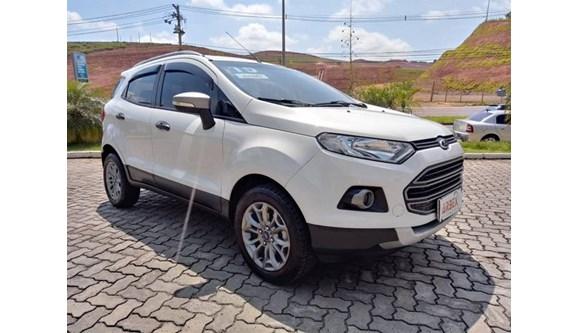 //www.autoline.com.br/carro/ford/ecosport-16-freestyle-16v-flex-4p-manual/2015/juiz-de-fora-mg/10452106