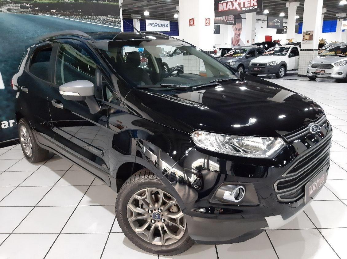 //www.autoline.com.br/carro/ford/ecosport-16-tivct-freestyle-16v-flex-4p-manual/2015/sao-paulo-sp/12366726