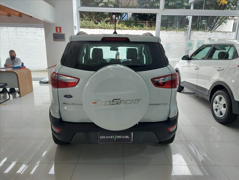 //www.autoline.com.br/carro/ford/ecosport-15-freestyle-12v-flex-4p-automatico/2019/sao-paulo-sp/13995894