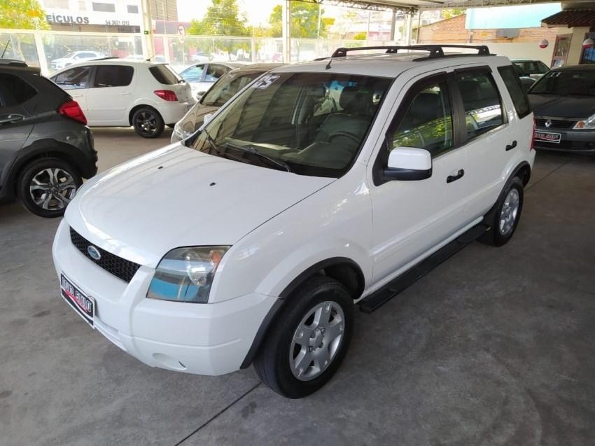 //www.autoline.com.br/carro/ford/ecosport-16-xlt-8v-flex-4p-manual/2005/caxias-do-sul-rs/14559836