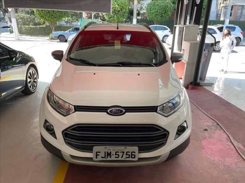 //www.autoline.com.br/carro/ford/ecosport-16-freestyle-16v-flex-4p-manual/2014/sao-paulo-sp/14672636
