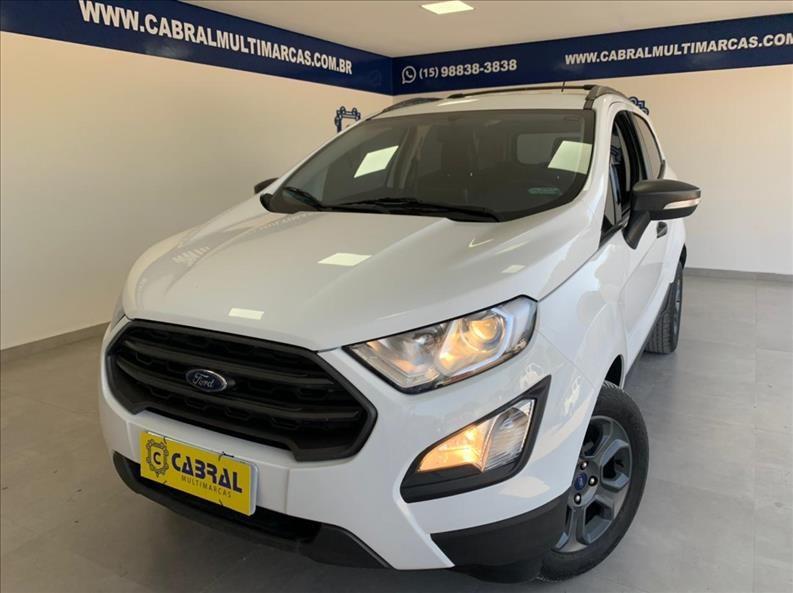 //www.autoline.com.br/carro/ford/ecosport-15-freestyle-12v-flex-4p-automatico/2018/sorocaba-sp/15123242