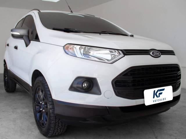 //www.autoline.com.br/carro/ford/ecosport-16-freestyle-16v-flex-4p-manual/2017/fortaleza-ce/15237692