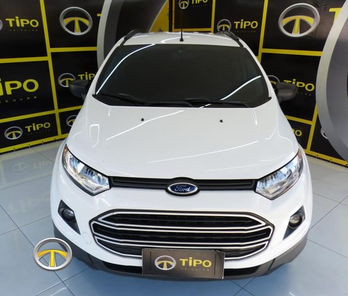 //www.autoline.com.br/carro/ford/ecosport-20-se-16v-flex-4p-powershift/2014/porto-alegre-rs/15261009