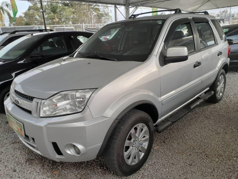 //www.autoline.com.br/carro/ford/ecosport-16-xls-8v-flex-4p-manual/2008/criciuma-sc/15541104
