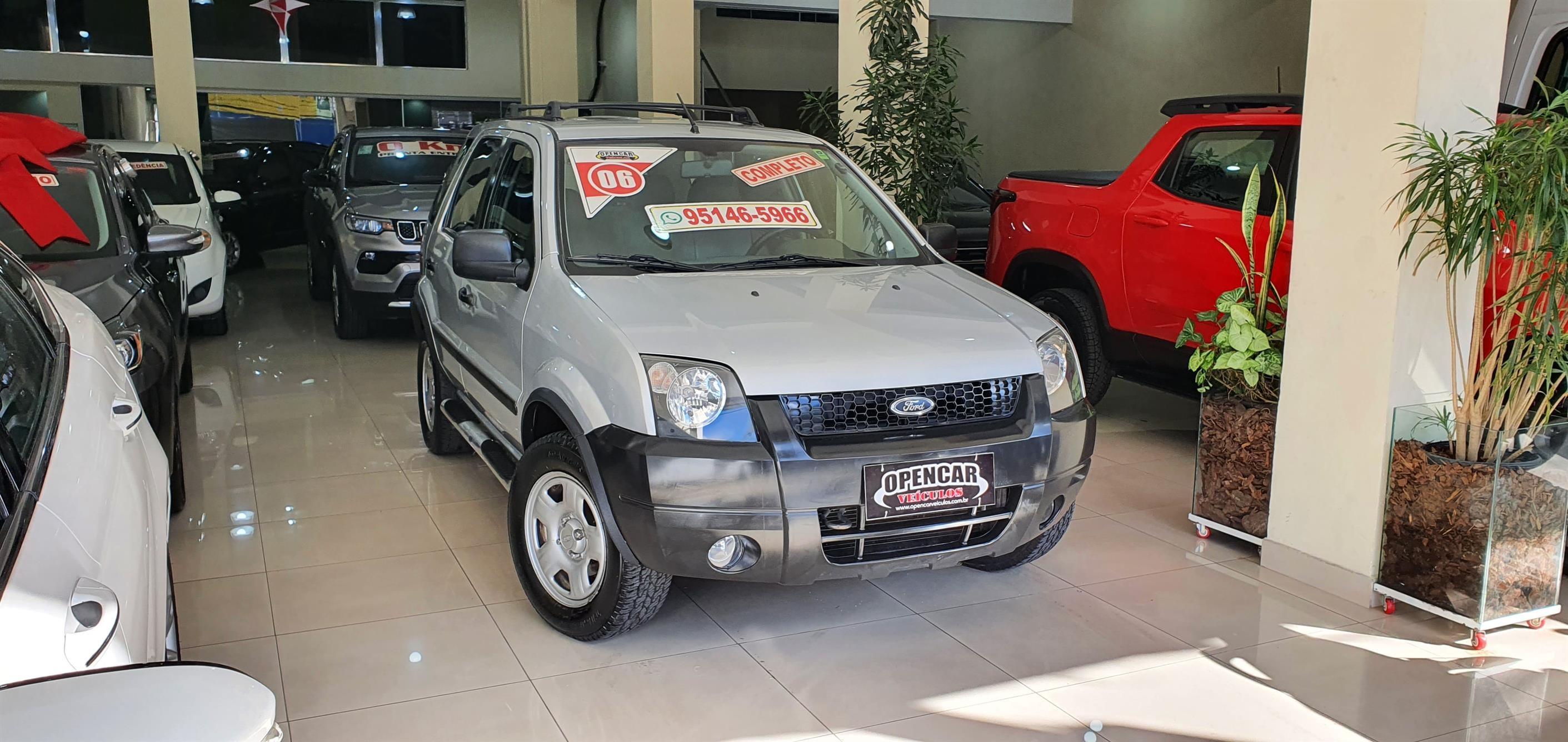 //www.autoline.com.br/carro/ford/ecosport-16-xls-8v-flex-4p-manual/2006/sao-paulo-sp/15577106