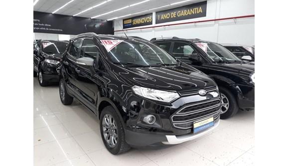 //www.autoline.com.br/carro/ford/ecosport-16-freestyle-16v-flex-4p-manual/2015/sao-paulo-sp/7056354