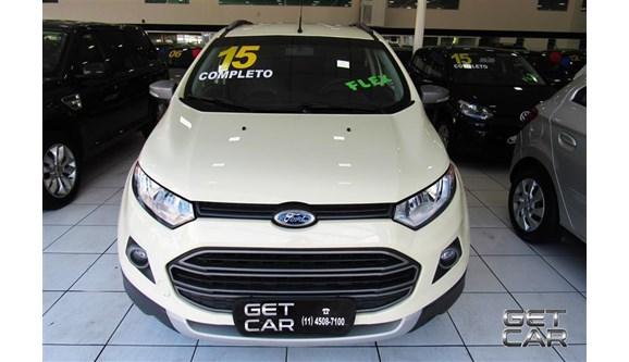 //www.autoline.com.br/carro/ford/ecosport-16-freestyle-16v-flex-4p-manual/2015/sao-paulo-sp/5487024