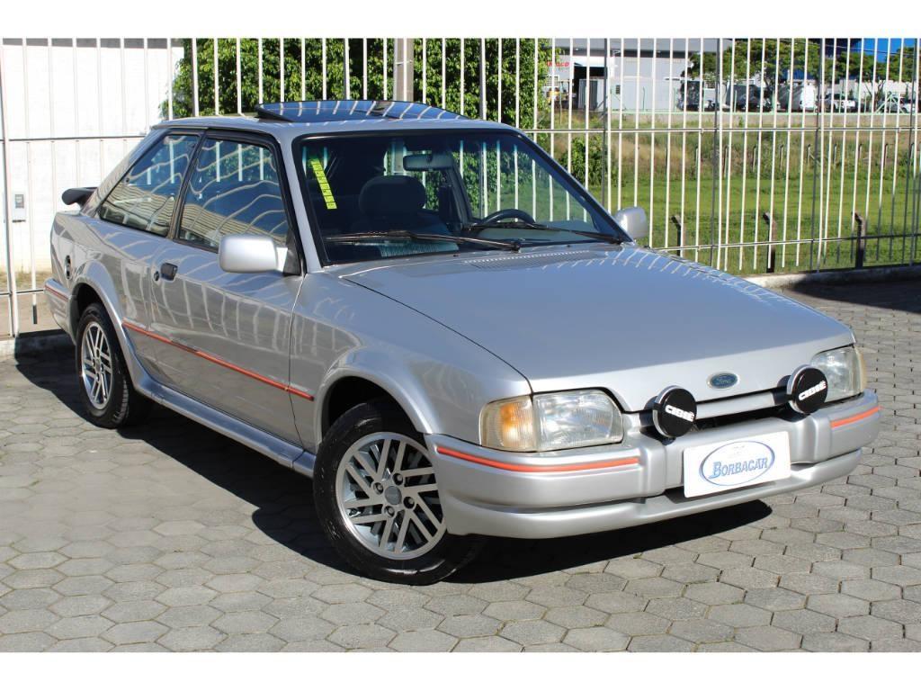 //www.autoline.com.br/carro/ford/escort-18-xr3-hatch-92cv-2p-gasolina-manual/1990/rio-do-sul-sc/12781410