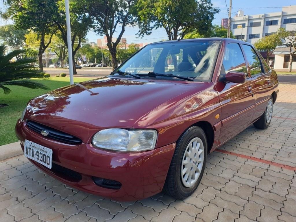 //www.autoline.com.br/carro/ford/escort-18-hatch-glx-16v-gasolina-4p-manual/1998/cascavel-pr/13543862