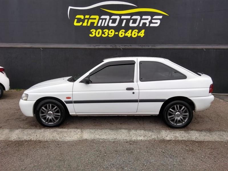 //www.autoline.com.br/carro/ford/escort-18-hatch-gl-16v-gasolina-2p-manual/1998/curitiba-pr/13638118