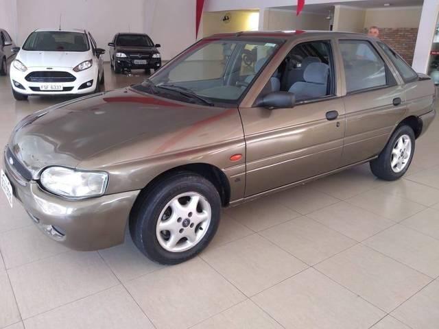 //www.autoline.com.br/carro/ford/escort-18-gl-mpi-16v-115cv-4p-gasolina-manual/2001/birigui-sp/13670037