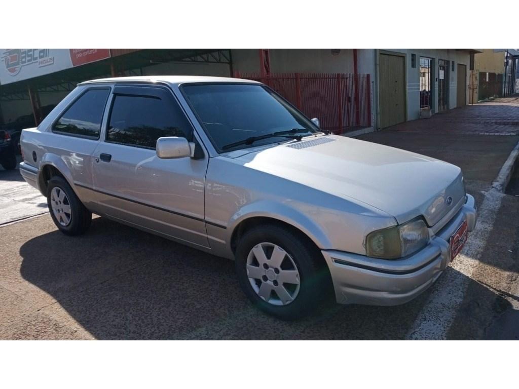 //www.autoline.com.br/carro/ford/escort-10-hobby-8v-gasolina-2p-manual/1996/cascavel-pr/13914892