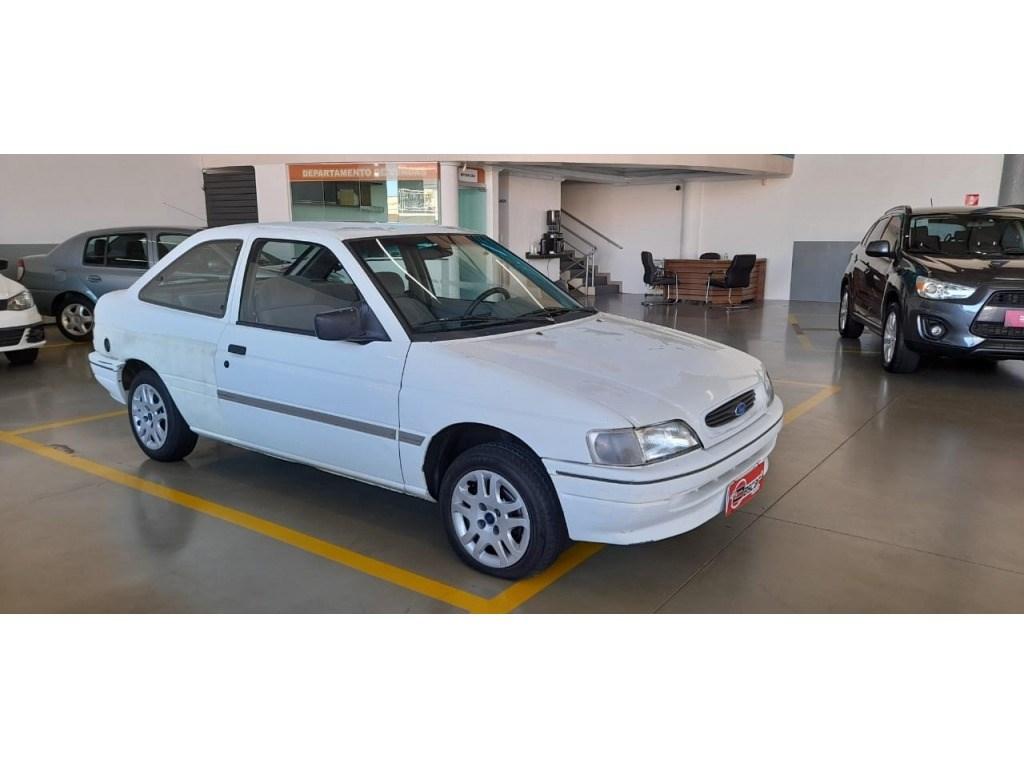 //www.autoline.com.br/carro/ford/escort-18-gl-8v-alcool-2p-manual/1996/cascavel-pr/14652200