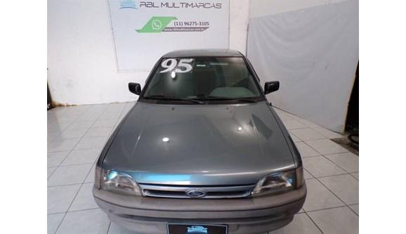 //www.autoline.com.br/carro/ford/escort-18-hatch-glxi-89cv-2p-gasolina-manual/1995/sao-paulo-sp/8347745