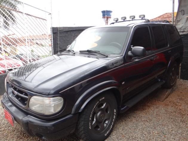 //www.autoline.com.br/carro/ford/explorer-50-limited-16v-gasolina-4p-4x4-automatico/2000/brasilia-df/9274208
