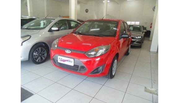 //www.autoline.com.br/carro/ford/fiesta-10-rocam-8v-flex-4p-manual/2012/criciuma-sc/10102382