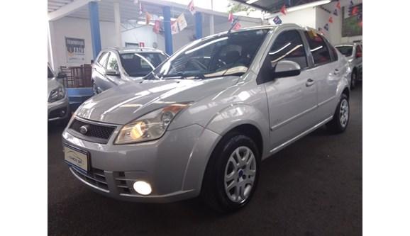 //www.autoline.com.br/carro/ford/fiesta-16-se-16v-110cv-4p-flex-manual/2010/belo-horizonte-mg/11243542