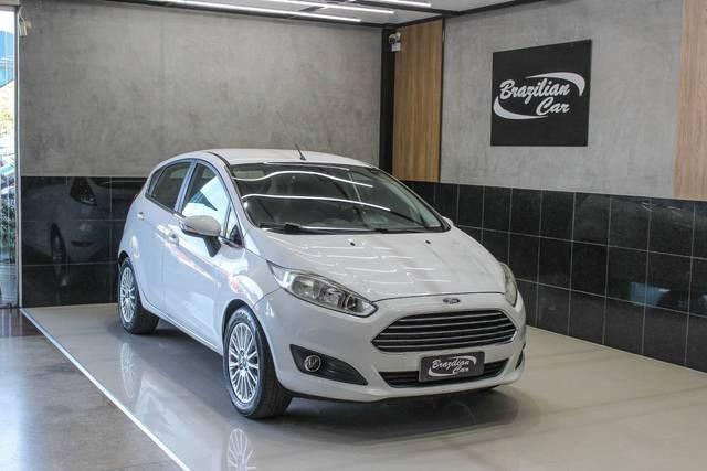 //www.autoline.com.br/carro/ford/fiesta-16-titanium-16v-flex-4p-powershift/2014/brasilia-df/11400318