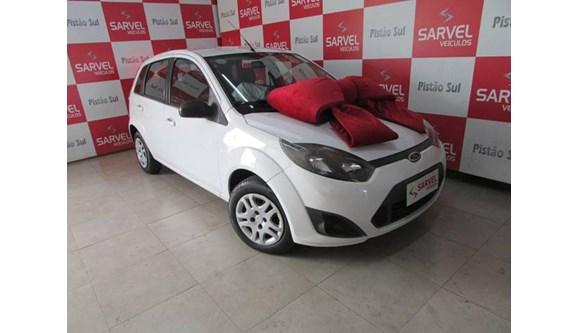 //www.autoline.com.br/carro/ford/fiesta-10-se-8v-flex-4p-manual/2014/brasilia-df/11410469