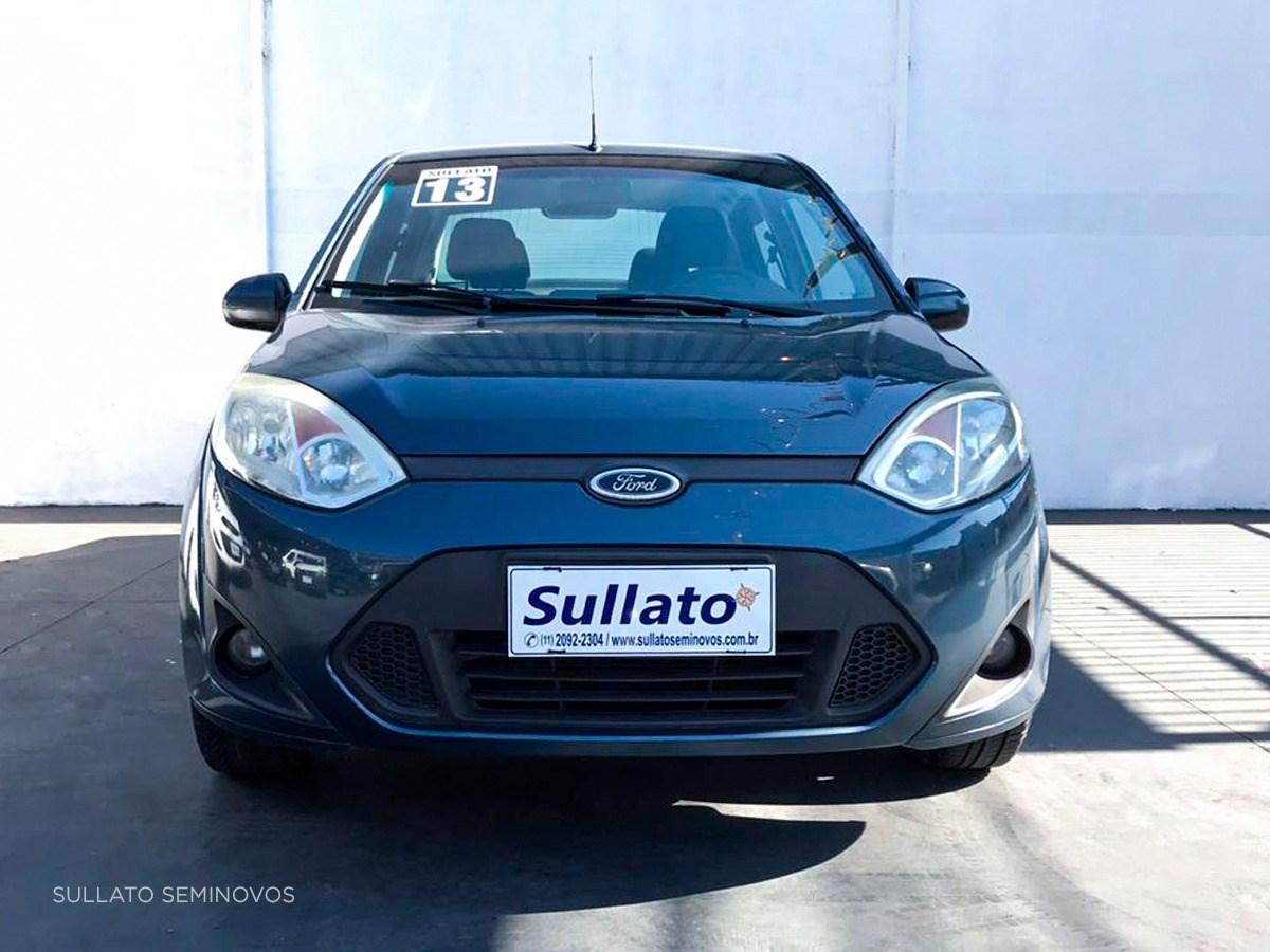 //www.autoline.com.br/carro/ford/fiesta-16-rocam-8v-sedan-flex-4p-manual/2013/sao-paulo-sp/12068652