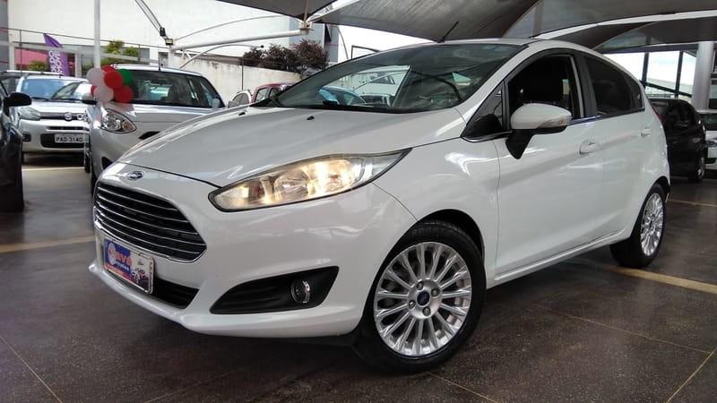 //www.autoline.com.br/carro/ford/fiesta-16-titanium-16v-sedan-flex-4p-powershift/2014/brasilia-df/12332014