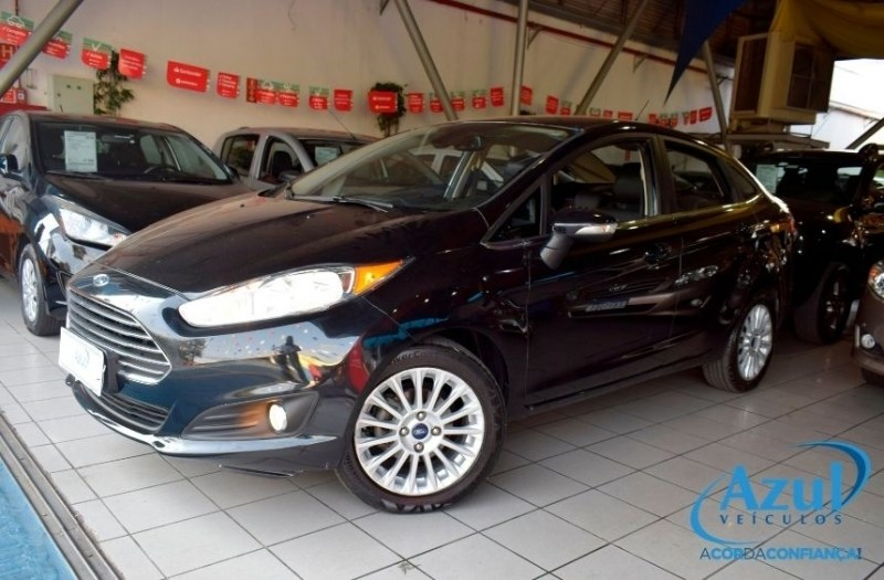 //www.autoline.com.br/carro/ford/fiesta-16-titanium-16v-sedan-flex-4p-powershift/2014/campinas-sp/12369517