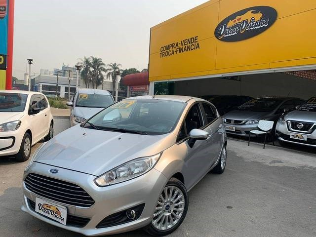 //www.autoline.com.br/carro/ford/fiesta-16-hatch-sel-16v-flex-4p-automatizado/2017/sao-paulo-sp/12418525