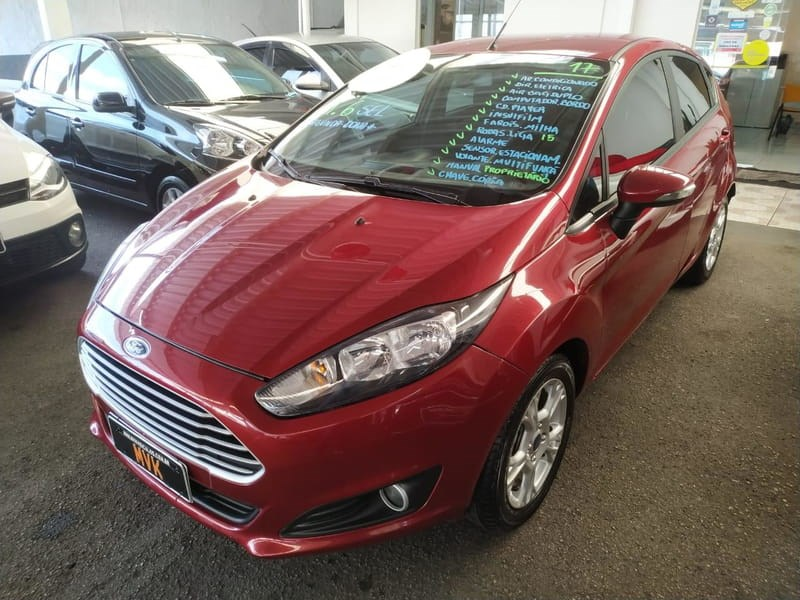 //www.autoline.com.br/carro/ford/fiesta-16-hatch-sel-16v-flex-4p-manual/2017/curitiba-pr/12419875