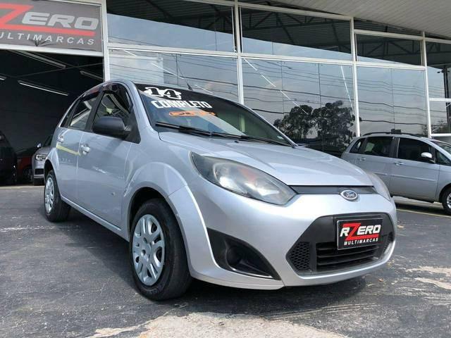 //www.autoline.com.br/carro/ford/fiesta-10-hatch-rocam-se-8v-flex-4p-manual/2014/sao-paulo-sp/12525743