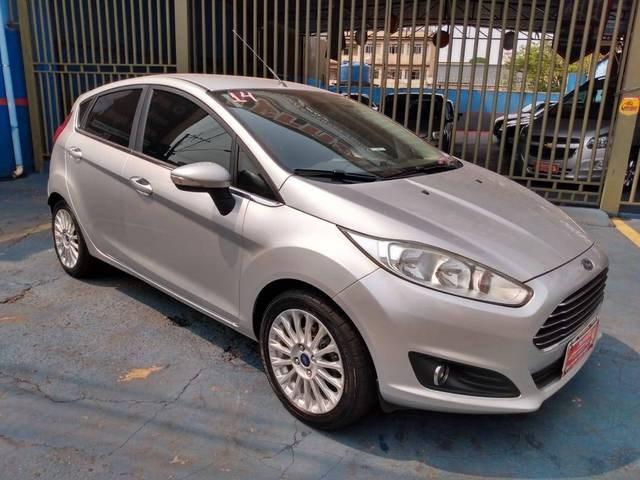 //www.autoline.com.br/carro/ford/fiesta-16-hatch-tivct-titanium-16v-flex-4p-manual/2014/conselheiro-lafaiete-mg/12624189
