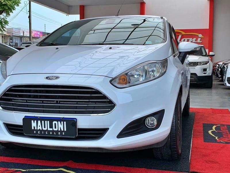 //www.autoline.com.br/carro/ford/fiesta-16-hatch-tivct-titanium-16v-flex-4p-manual/2014/curitiba-pr/12653271