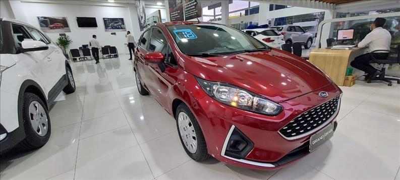 //www.autoline.com.br/carro/ford/fiesta-16-hatch-se-16v-flex-4p-manual/2018/sao-paulo-sp/12733516