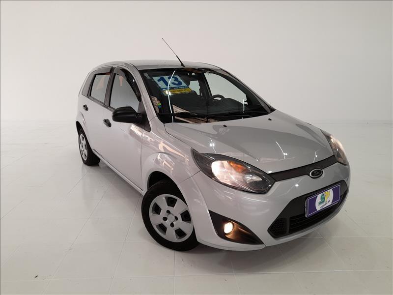//www.autoline.com.br/carro/ford/fiesta-10-hatch-rocam-8v-flex-4p-manual/2013/sao-paulo-sp/13060603