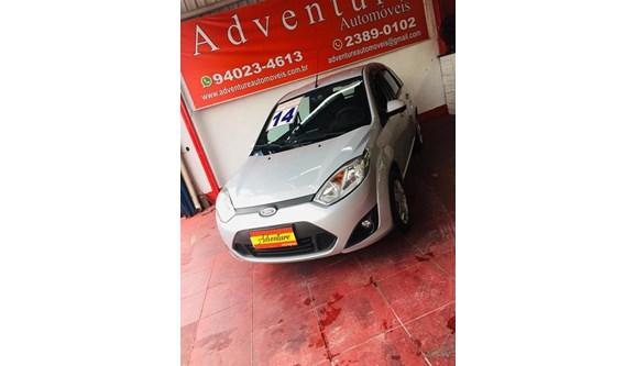 //www.autoline.com.br/carro/ford/fiesta-10-hatch-rocam-s-8v-flex-4p-manual/2014/sao-paulo-sp/13073411