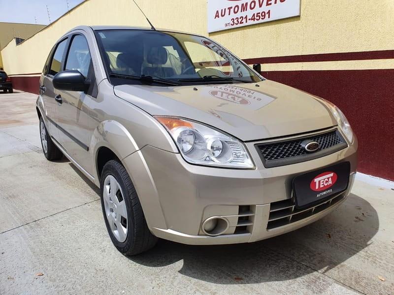 //www.autoline.com.br/carro/ford/fiesta-10-hatch-8v-flex-4p-manual/2010/campo-grande-ms/13143966
