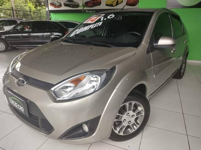 //www.autoline.com.br/carro/ford/fiesta-16-sedan-rocam-se-8v-flex-4p-manual/2014/sao-paulo-sp/13529655
