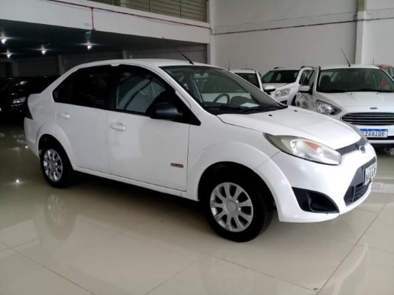 //www.autoline.com.br/carro/ford/fiesta-16-sedan-se-16v-flex-4p-manual/2013/porto-alegre-rs/13544172