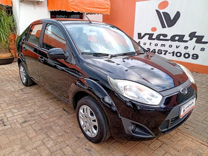 //www.autoline.com.br/carro/ford/fiesta-16-sedan-rocam-8v-flex-4p-manual/2013/brasilia-df/13569968