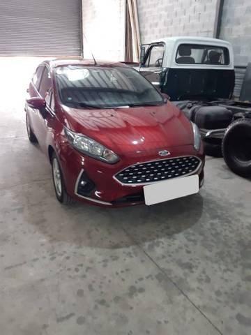 //www.autoline.com.br/carro/ford/fiesta-16-hatch-se-16v-flex-4p-manual/2018/sao-paulo-sp/13580327